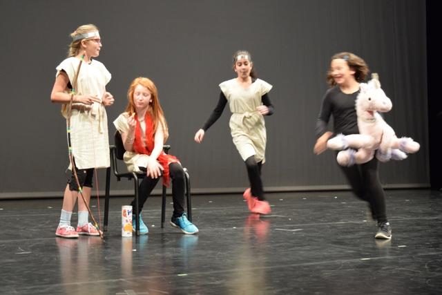 TUSCH - Theaterhaus mit der Hostato-Schule